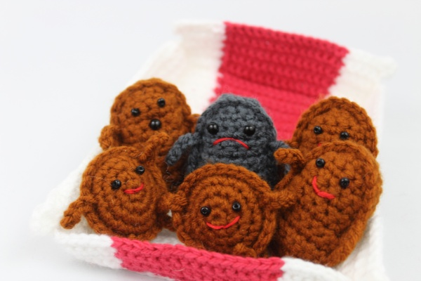 Free amigurumi crochet patterns chicken nugget food friends
