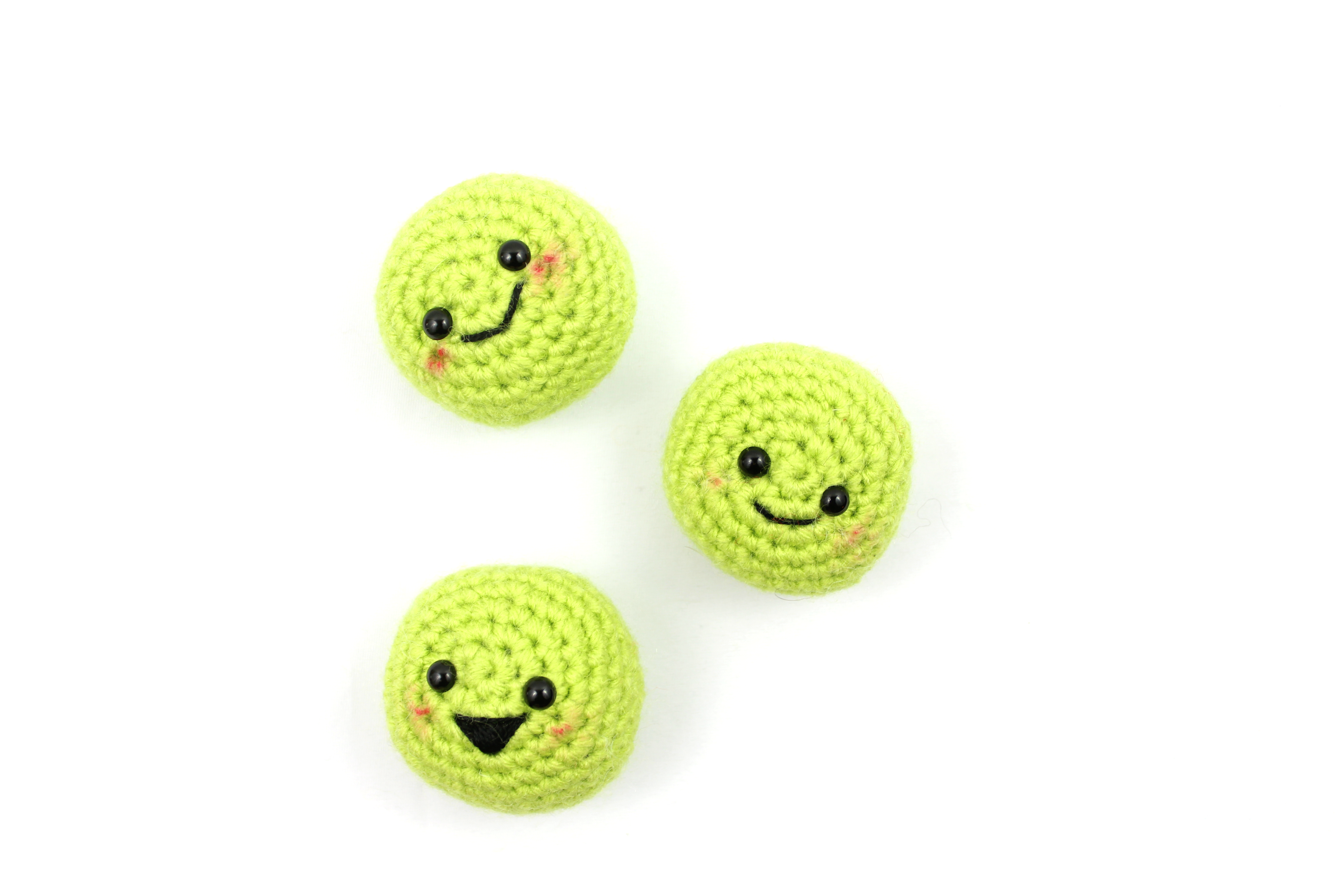 20 Free Patterns for Crochet Baby Cocoons • Oombawka Design Crochet | 2667x4000