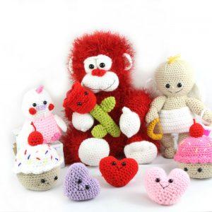free valentines day amigurumi patterns crochet set