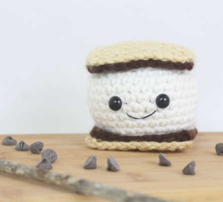 Free amigurumi patterns smore food summer