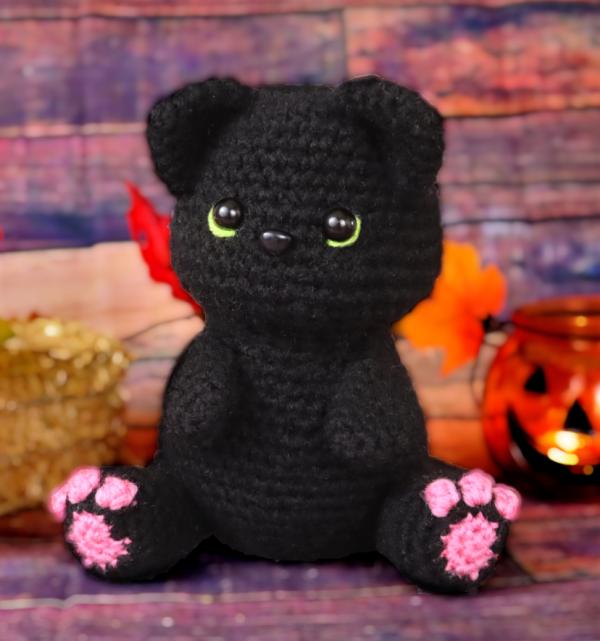 free black cat amigurumi crochet pattern
