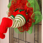 Free Elf Wreath Amigurumi Crochet Pattern
