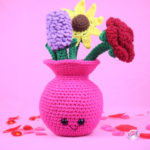 Free Amigurumi Crochet Pattern Vase of Flowers