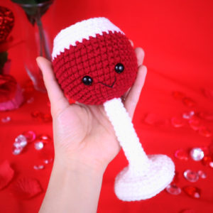 Free wine glass amigurumi crochet pattern