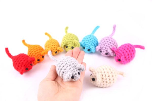 Free mice mouse amigurumi crochet pattern scrap yarn