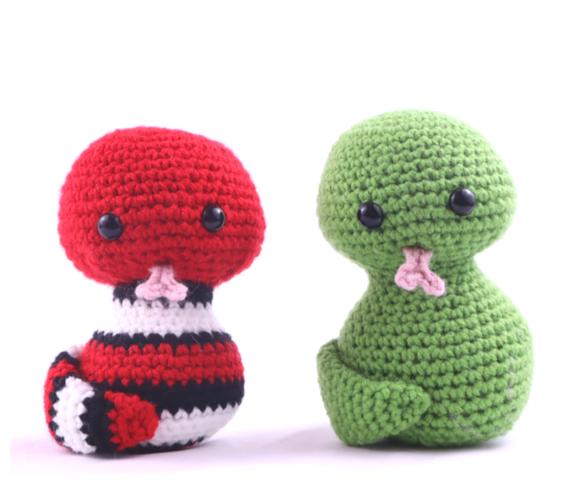 Free snake amigurumi crochet pattern