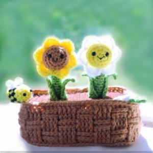 Free amigurumi flower basket crochet pattern plant