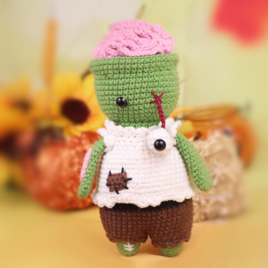 Zombie free amigurumi crochet pattern halloween